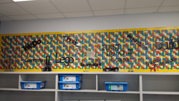 lego wall resized 600